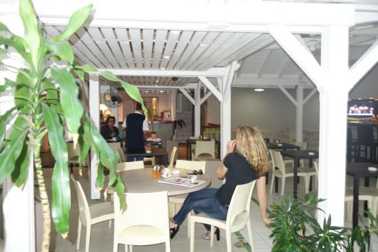 Le Centr'Hotel : Frukostrestaurang/ Matsal