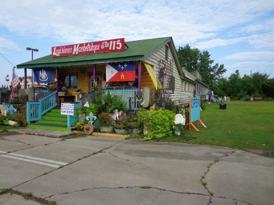 Holiday Inn Express Breaux Bridge (Lafayette Area): petit store juste a coté tres sympa