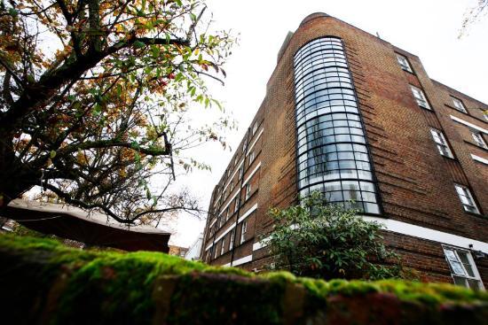 Bowden Court: External