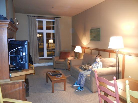 Tour des Voyageurs: salon chambre #35
