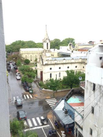 Astro Apart Hotel: Iglesia Santa Rita y Centro Cardiologico Correntino