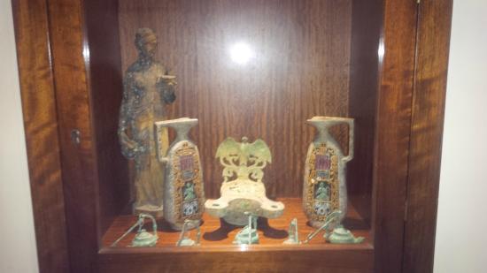 Hotel Oriente : Anfore e vasi