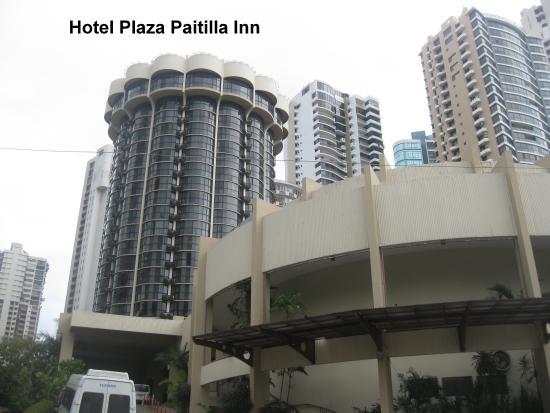 Plaza Paitilla Inn: Vista del hotel desde el exterior.