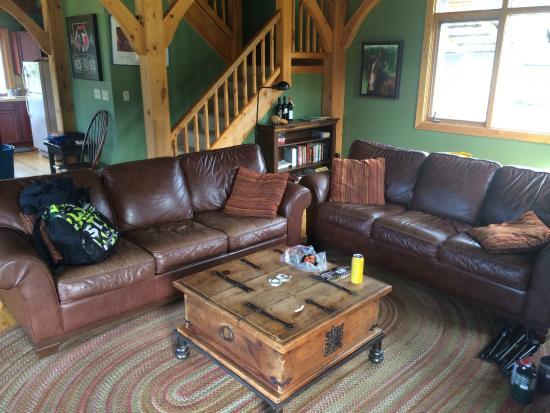 Nipika Mountain Resort: living room