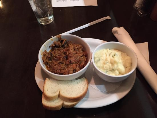 Harry's Smokehouse Burgers & BBQ: Pulled pork 1/2 with mash potatoes as a side - good, but only one small slice of bread.