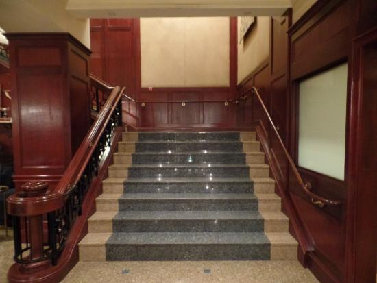 Omni New Haven Hotel At Yale The Stairs