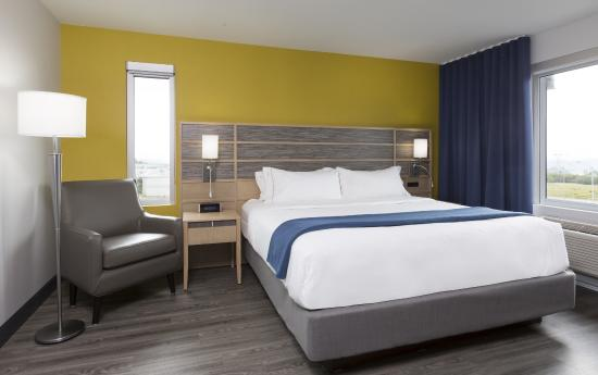 Holiday Inn Express Quebec City (Sainte-Foy): Bedroom suite