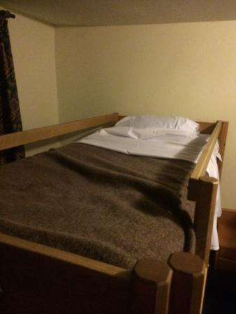 City Backpacker Hotel Biber: My bed with woolly blanket lol