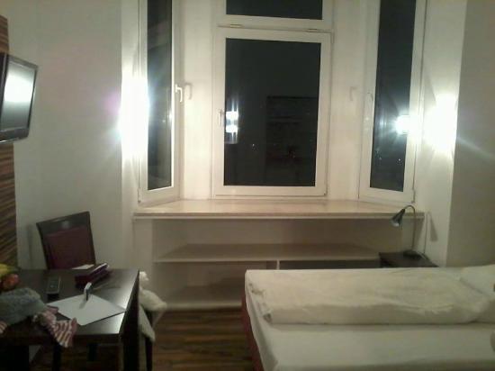 Apartments Duval: window