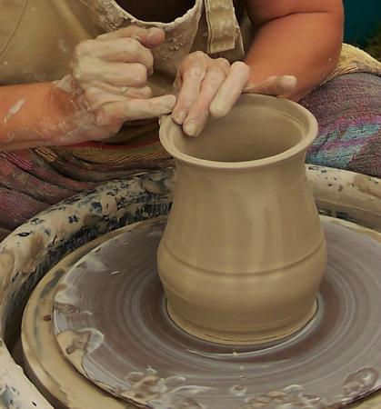 West Fork, AR: Griffith Pottery Works is a private studio where you can learn to throw pottery