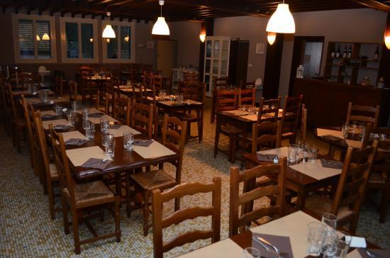Marcilly-sur-Tille, Francia: le restaurant