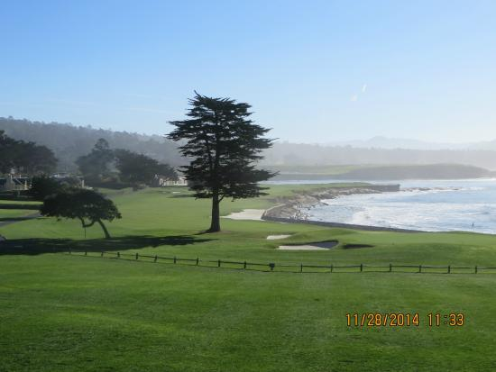The Lodge at Pebble Beach: View of 18th from room