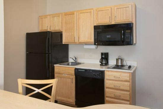 Candlewood Suites Peoria at Grand Prairie: Executive Suite
