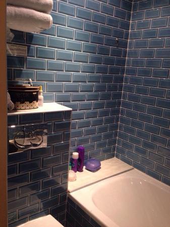 Grand Hotel du Loiret: Banheiro