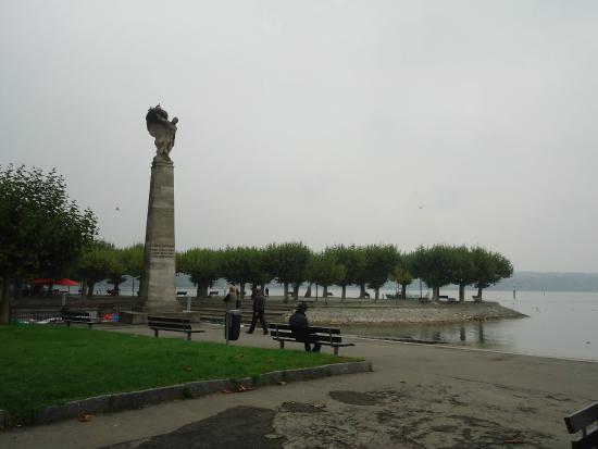 Hafen Konstanz: Стелла у пирса