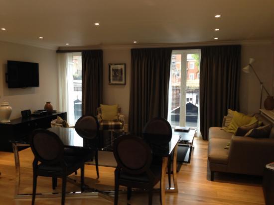 Go Native Mayfair: Living room