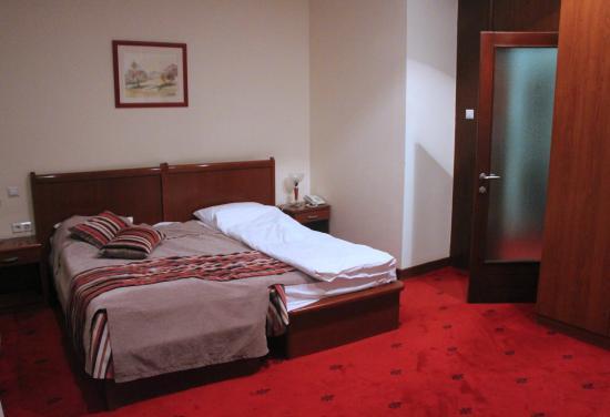 Hotel Astra Garni: Bedroom