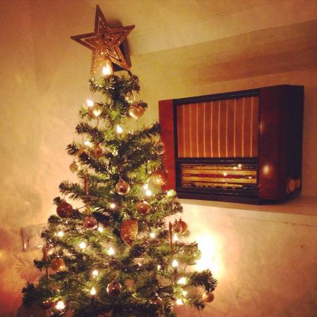 The Front Room Penzance: Our Christmas tree! :)