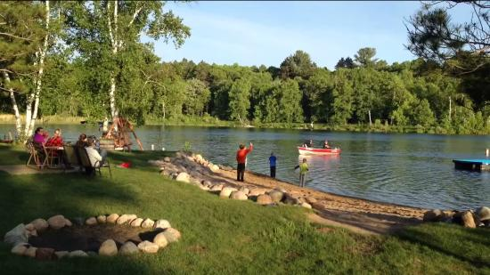 Pine Terrace Resort : The Fishermen Return