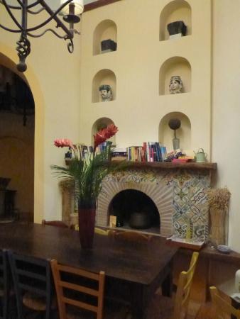 Casa Astarita Bed and Breakfast : Breakfast area