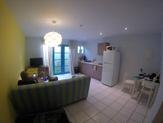 Bubali Bliss Studios: Living/Dining Room
