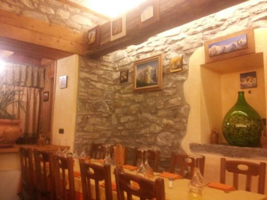 Hotel Club Mont Blanc: Bar
