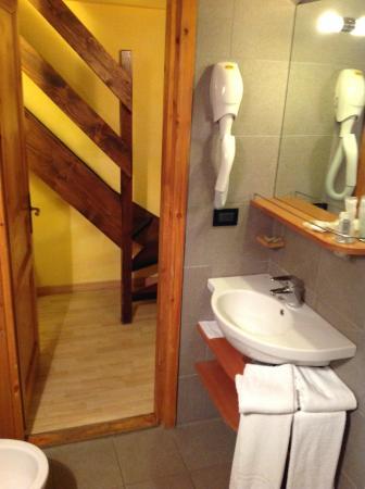 Hotel Club Mont Blanc : Bathroom
