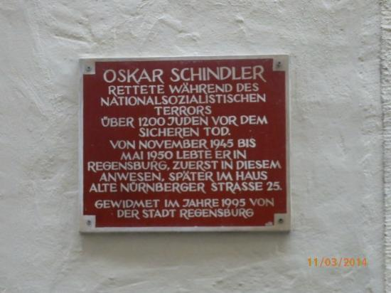 oskar schindler the unlikely hero Oskar shindler was a nazi party member who saved 1,200 jews from certain death how much more unlikely of a hero can you get a bad guy on the cover, but a good dude on the inside.