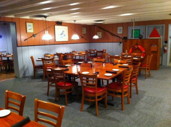 The Fish Monger : Fish Camp Room