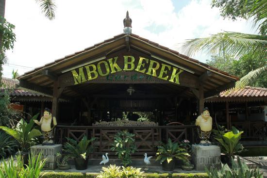 Mbok Berek Garden Resto