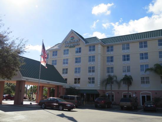 Country Inn & Suites By Carlson, Orlando: Drury Inn Orlando