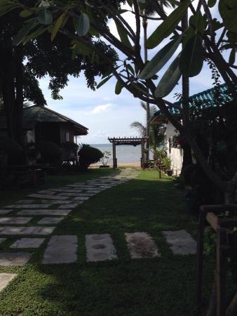 Samui Harmony Resort : Utsikt från bungalow