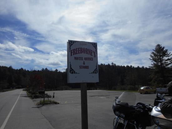 Freeborne's Eatery & Lodge: Scenery