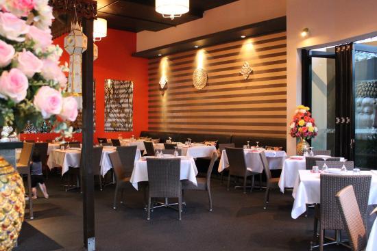 Nana Thai Restaurant