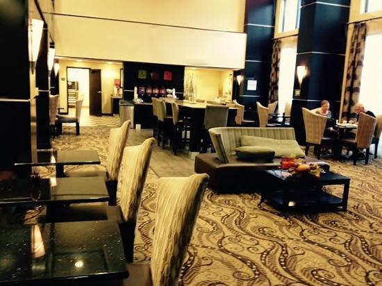 Hampton Inn & Suites McAlester: Beautiful dining area
