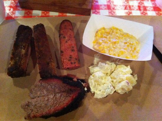 Rudy's : The brisket and corn were tops!!!