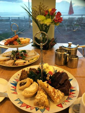 West Shore Beach Cafe: A festive afternoon tea !!