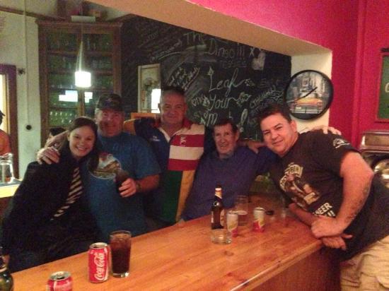The Vine: Friends in the pub