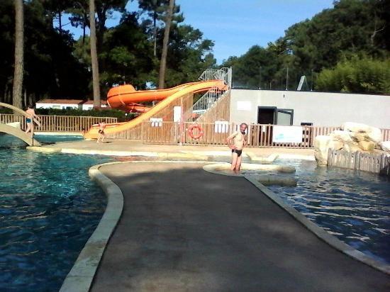La piscine picture of les rochelets saint brevin les for Camping st brevin les pins avec piscine