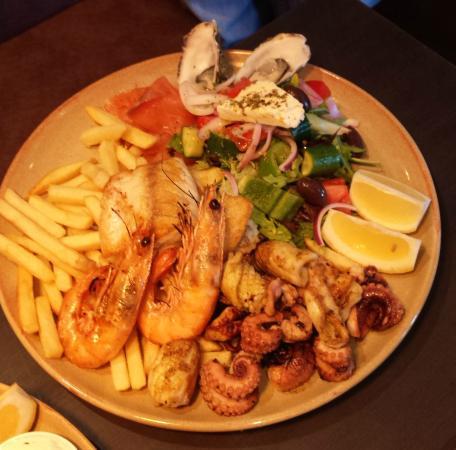 Neptune: BBQ Seafood Platter