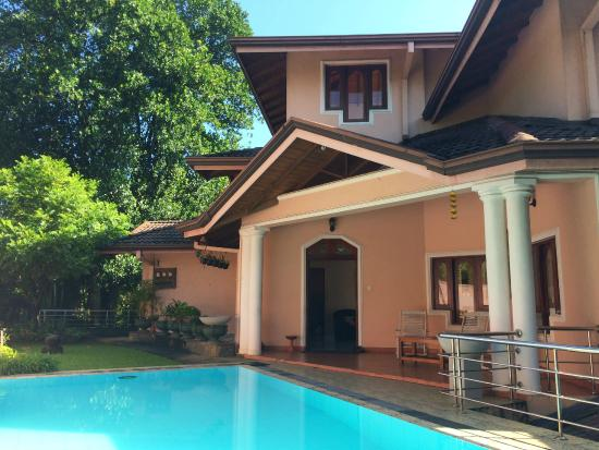 Kandy View Garden Hotel : отель