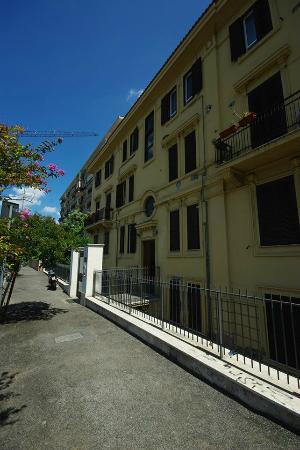 Daniel's Sweet Home B&B: Apartamento