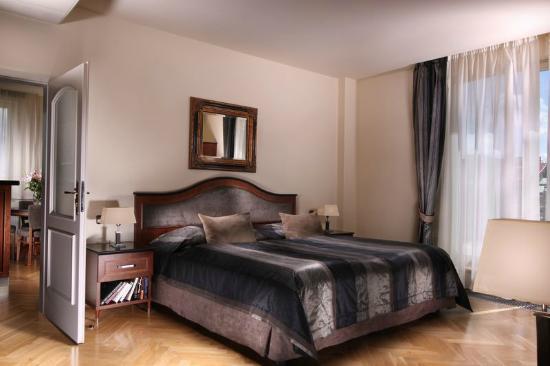 Hotel Elysee : Elysee Apartments