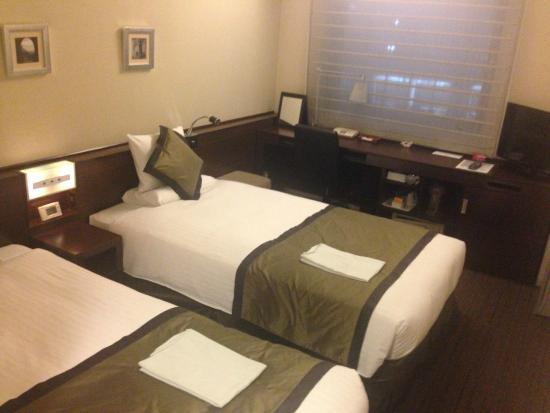 Hotel MyStays Ochanomizu : 룸 전경