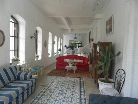 Brassiere Beach Resort: Seating Area