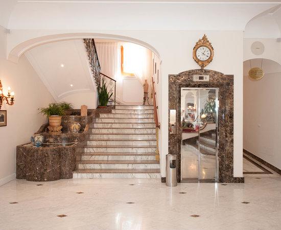Photo of Hotel Grand Hotel Ambasciatori at Via Califano 18, Sorrento 80067, Italy