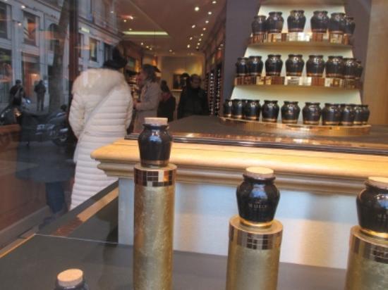 Boutique Maille: 店内