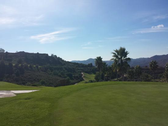 Alhaurín Golf Club: View towards hole 3