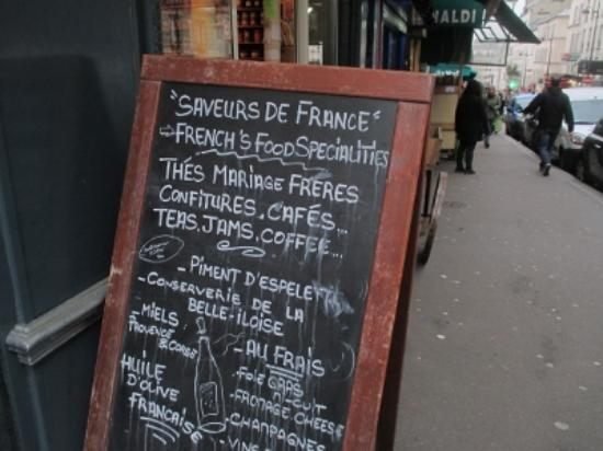 L'epicerie du Terroir, 26 Rue Lepic,  Montmartre: 看板