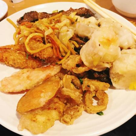 Photo of Japanese Restaurant Nori Nori at 6690 Roswell Rd Ne, Atlanta, GA 30328, United States